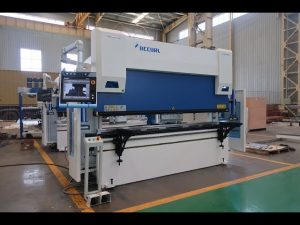 6-as CNC-drukremmasjien 100 ton x 3200mm