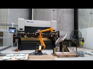 Robotiese CNC Pers Rem vir Robotic Bending Cell System