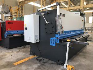 CNC skeer masjien
