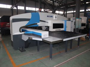 hidrouliese CNC-rewolwer, Amada-rewolwerpers